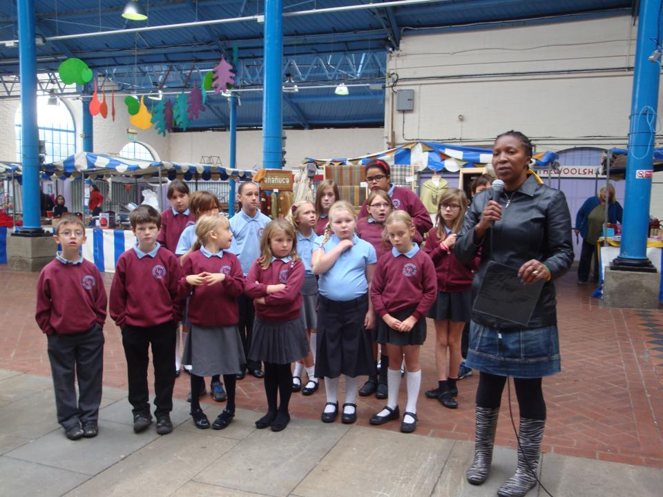 Martha Musonza Holman (founder) with children from Llantilio Pertholey in 2014